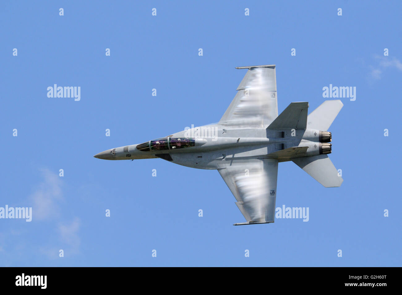 A U.S.A.  Navy F/A-18E/F Super Hornet performs at an airshow in Missouri USA Stock Photo