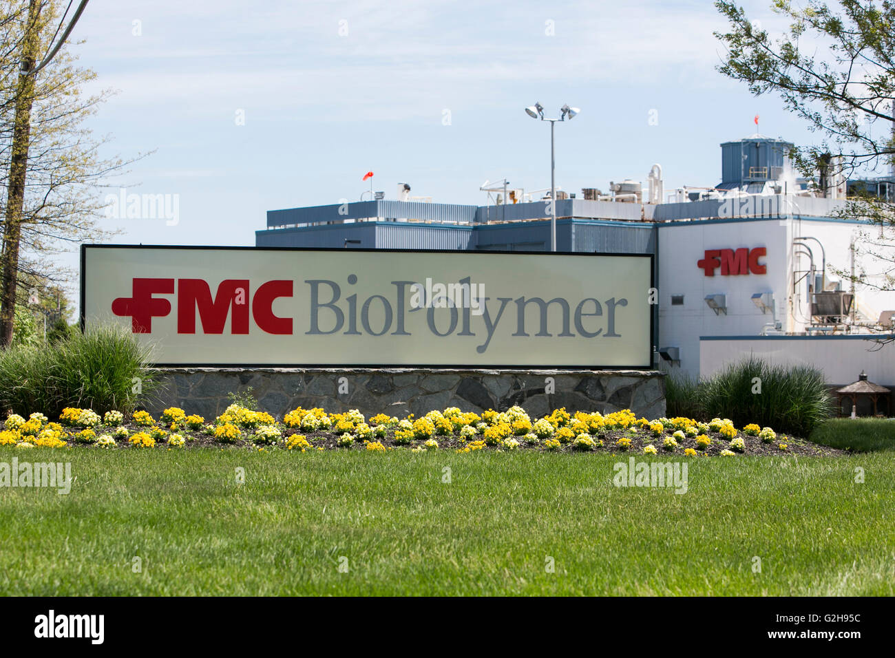 A logo sign outside of a FMC Corporation BioPolymer plant in Newark, Delaware on May 8, 2016. - Stock Image