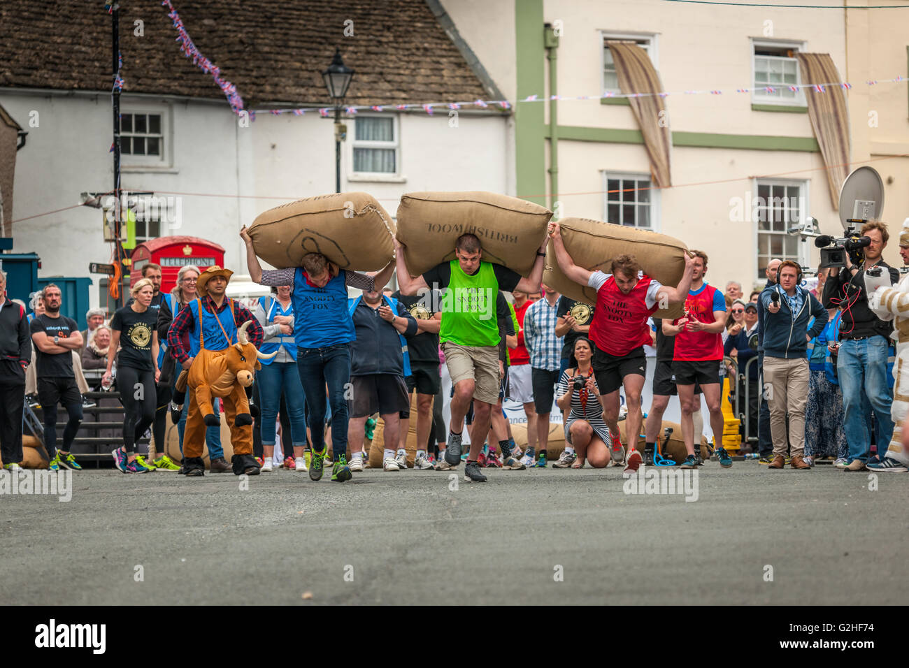 Tetbury Woolsack Races 2016 - Stock Image