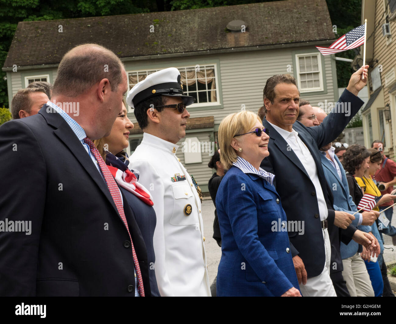 New York, USA. 30th May, 2016. US presidential candidate Secretary Hillary Clinton marches in her hometown Memorial - Stock Image