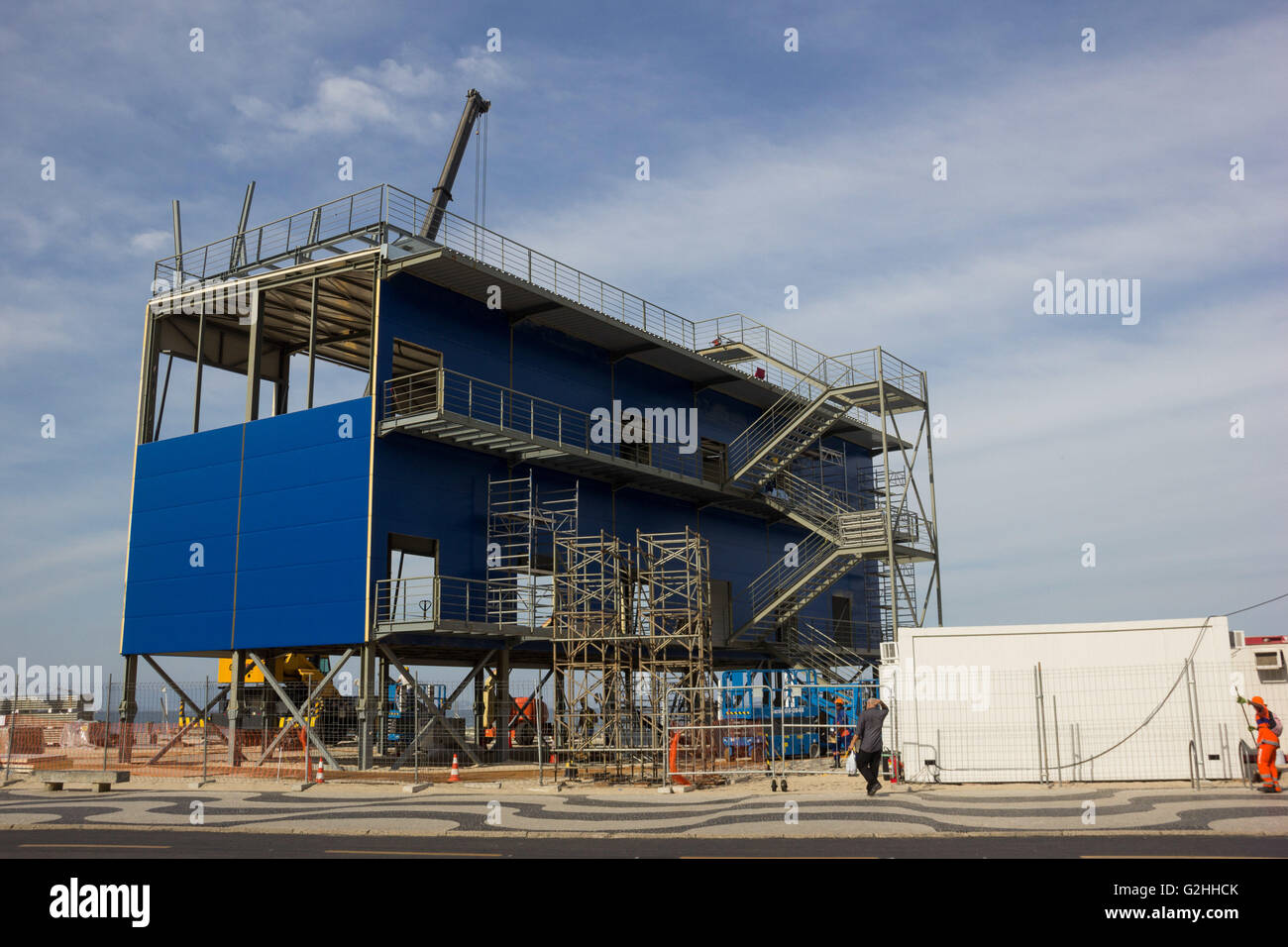 JANUARY RJ DE JANEIRO - 05/30/2016: STRUCTURE FOR OLYMPICS RIO 2016 - TV studios of Vista being built on the sand Stock Photo