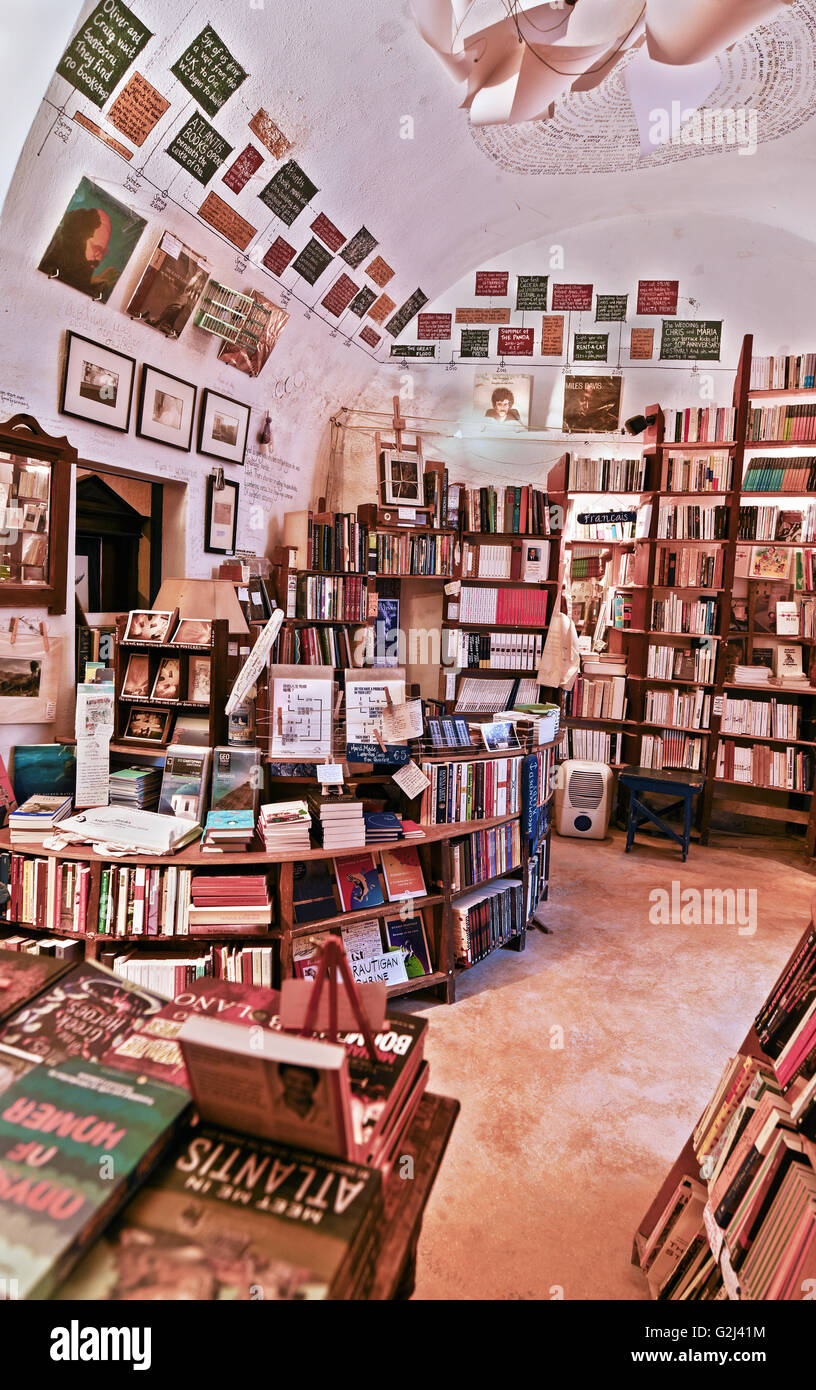 The bookstore 'Atlantis' one of the best of its kind according to Guardian, in Oia resort, Santorini island, - Stock Image