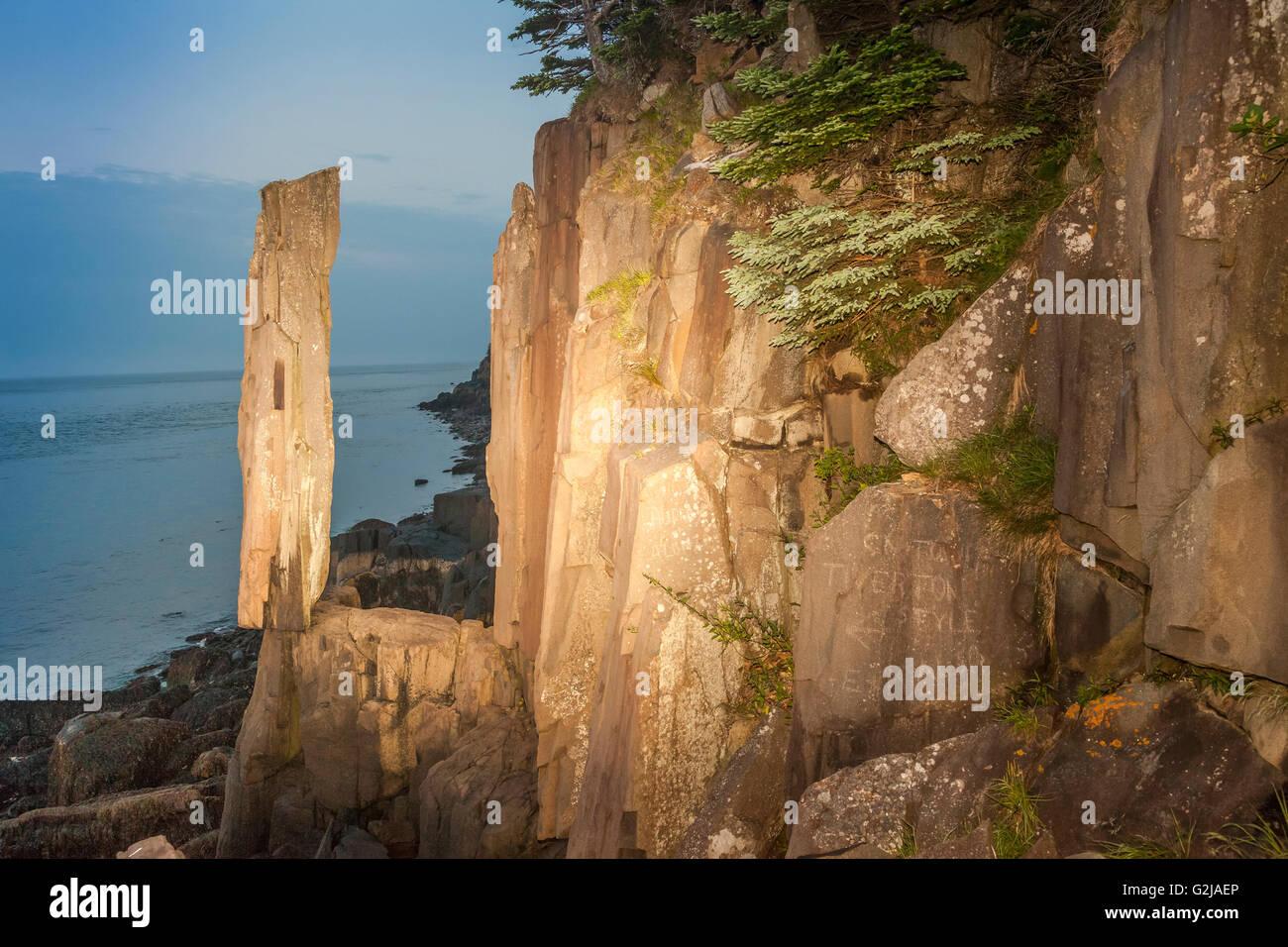 Balancing Rock - a columnar basalt stack on Long Island at Tiverton, Nova Scotia, Canada - Stock Image