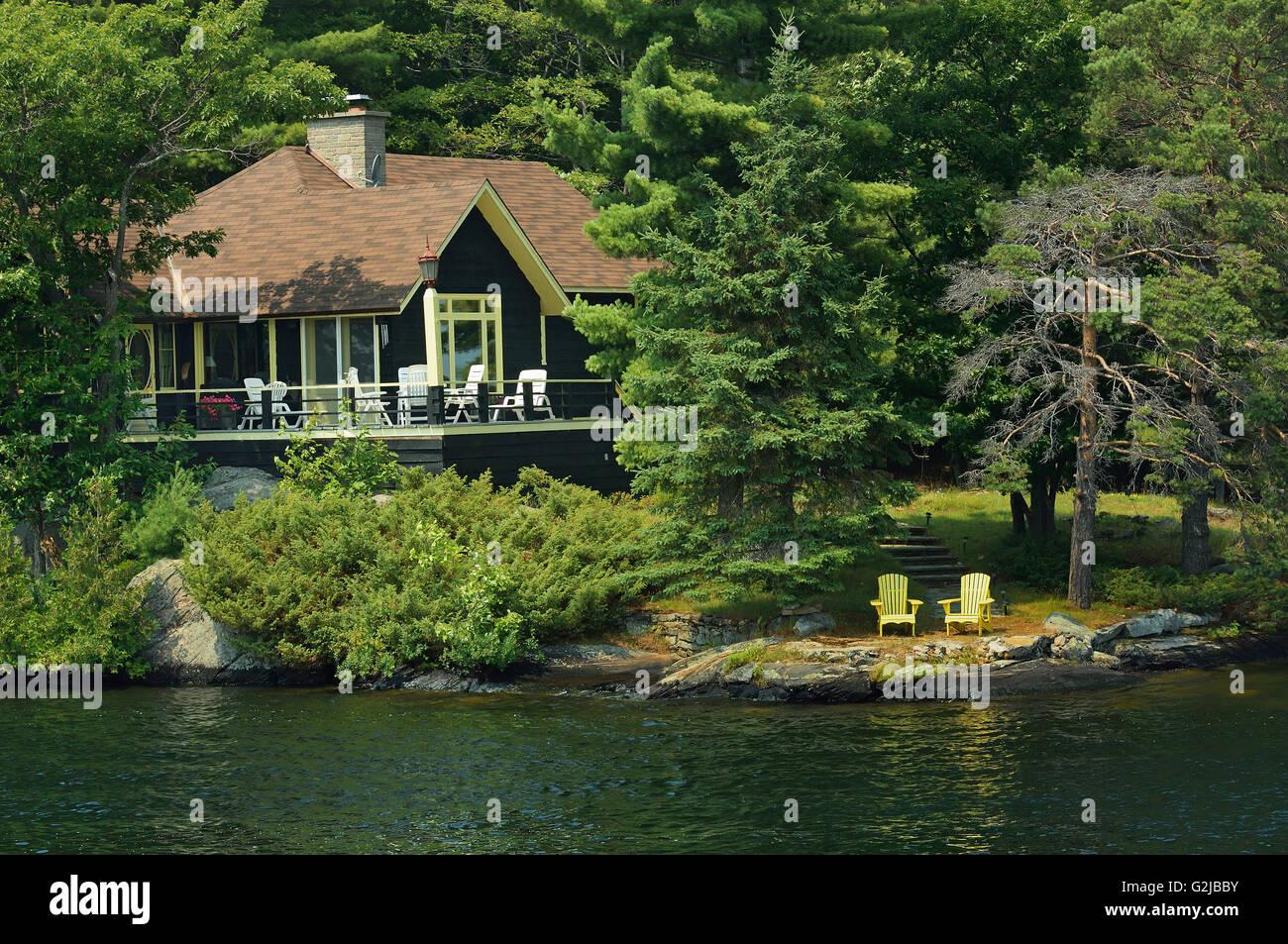 Cottage, Muskoka Country, Ontario, Canada - Stock Image