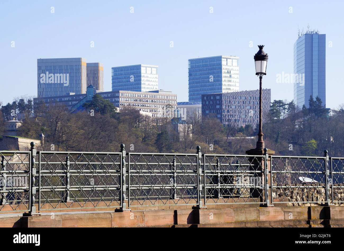 Luxembourg city - view of the Castle Bridge and European institutions on the Kirchberg plateau - Stock Image