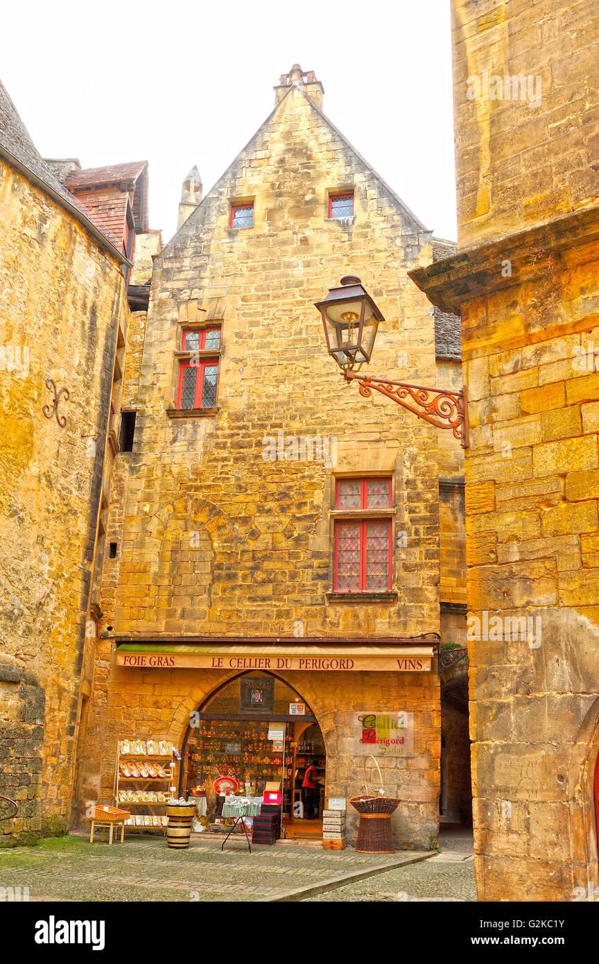 shop front, Place de la Liberte, Sarlat-la-Caneda, Dordogne Department, Aquitaine, France - Stock Image