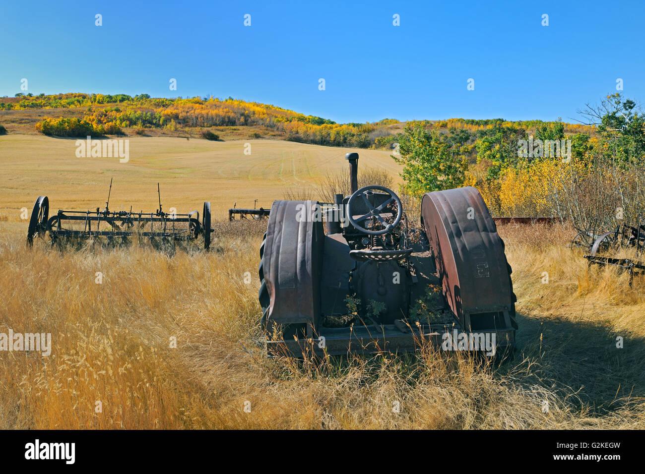 Abandonned farm machinery Baljennie Saskatchewan Canada - Stock Image