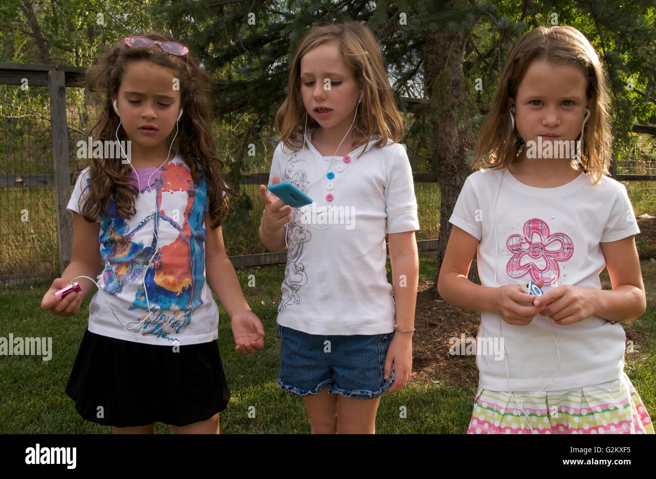 Tween Girls Photos