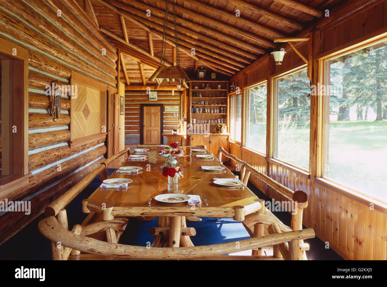 Log Cabin Dining Room - Stock Image