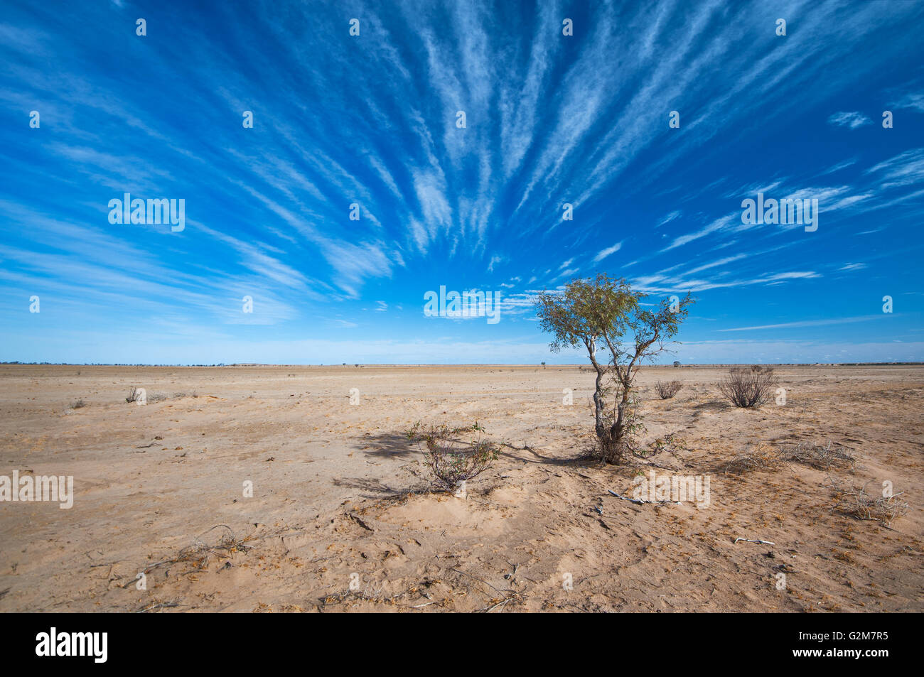 Barren wasteland in the far south-west desert of Queensland. - Stock Image