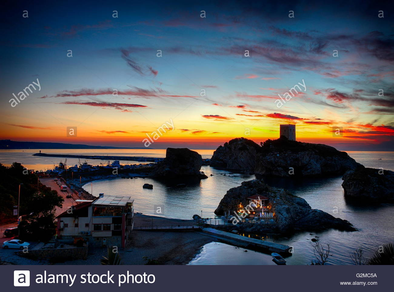 Istanbul's Black Sea shore to the historic castle town in sile and sunset - Stock Image