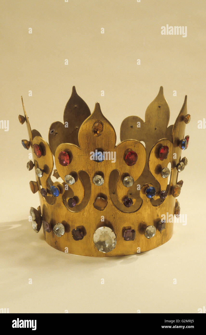 King Gold Crown Stock Photos & King Gold Crown Stock Images - Alamy