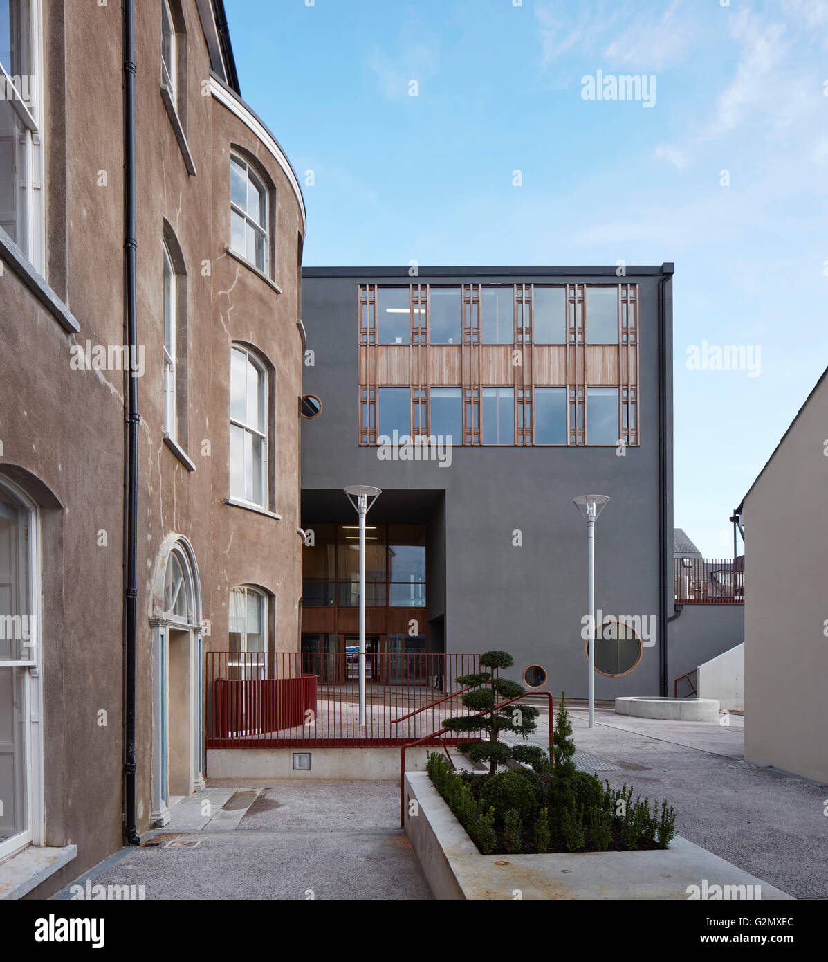 juxtaposition of existing historic facade and new building st angelas college cork cork ireland architect odonnell tuomey architects 2016