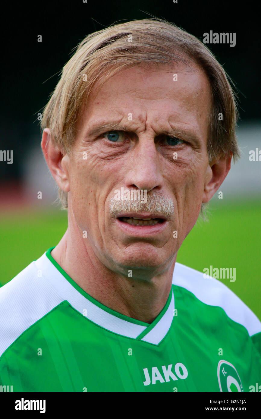 Christoph Daum - Benefiz-Fussballspiel 'FC Diabetologie gegen FC Bundestag' fuer eine Aufklaerunskampagne - Stock Image