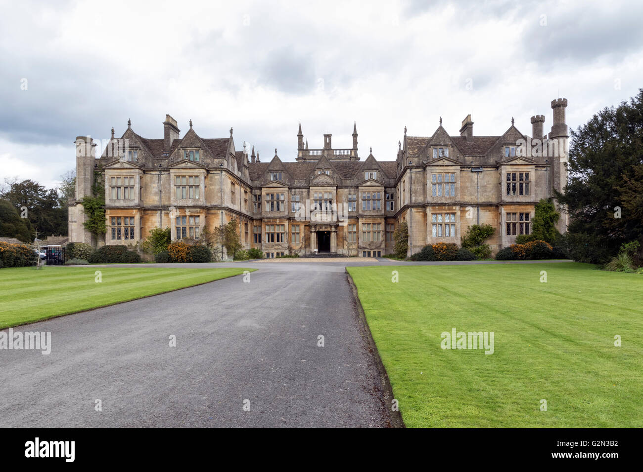 The stately home of Corsham Court in Wiltshire - Stock Image