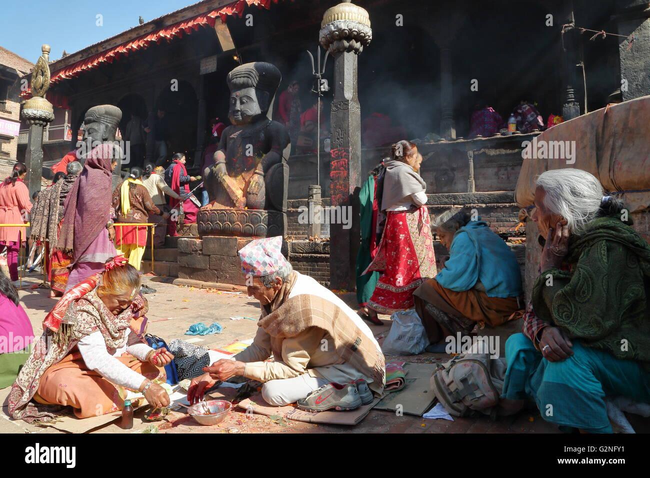 Hinduist ceremony at Dattatreya temple in Bakhtapur, Nepal - Stock Image