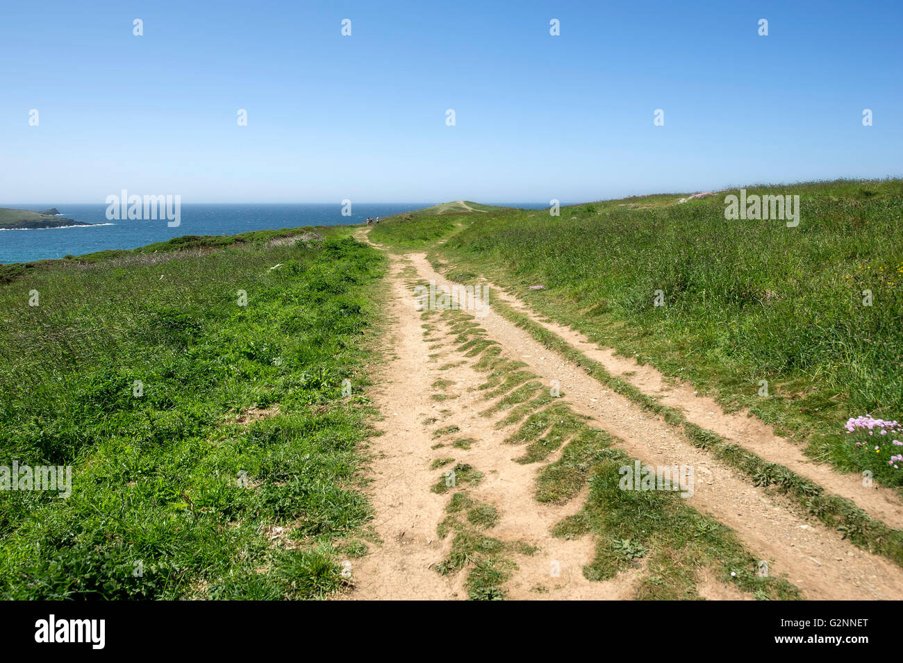 A worn footpath on East Pentire Headland in Newquay, Cornwall. - Stock Image