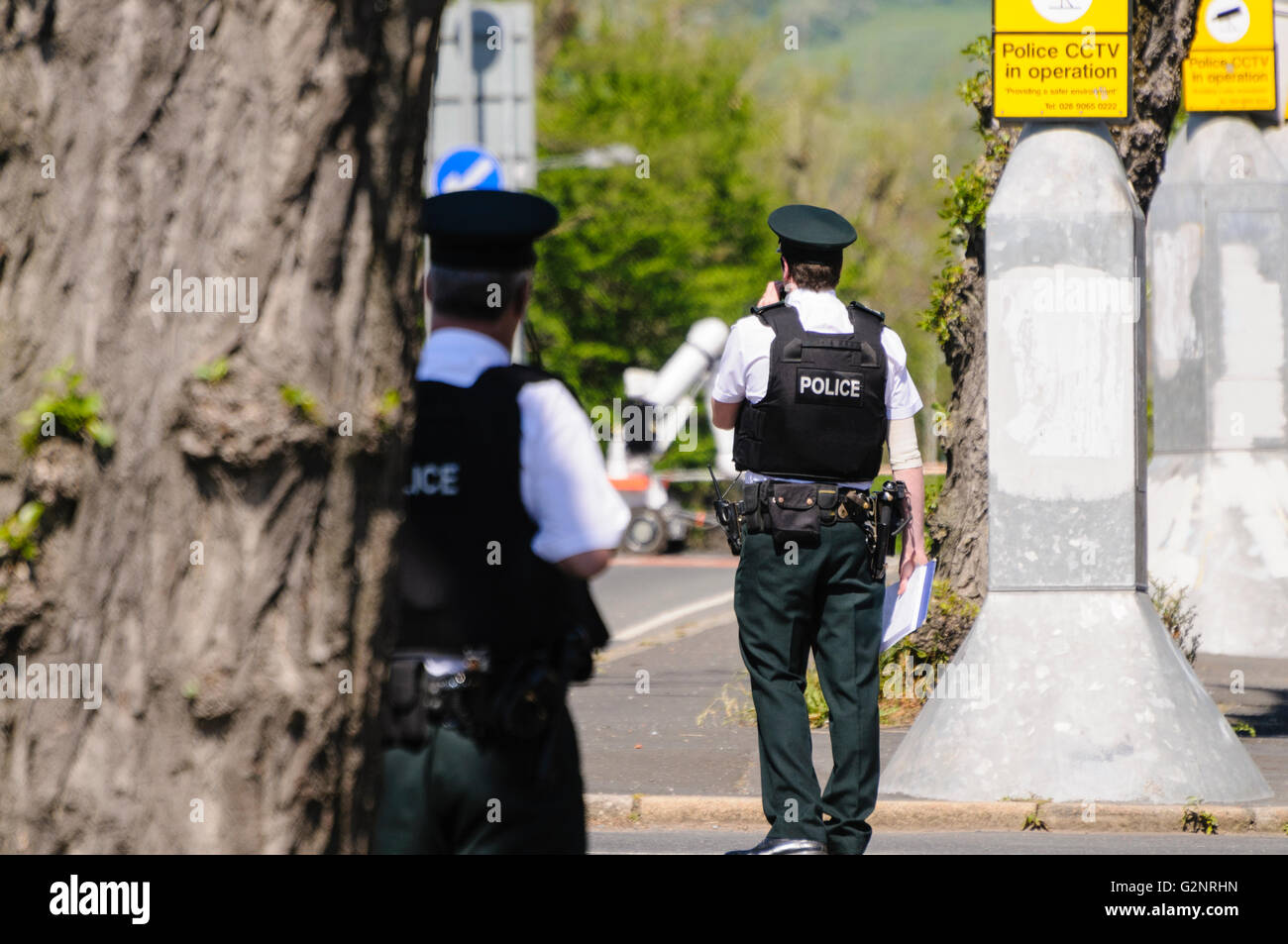 Belfast 26/05/2012 - PSNI  officers in attendance on the Limestone Road, where a suspect device was discovered. - Stock Image
