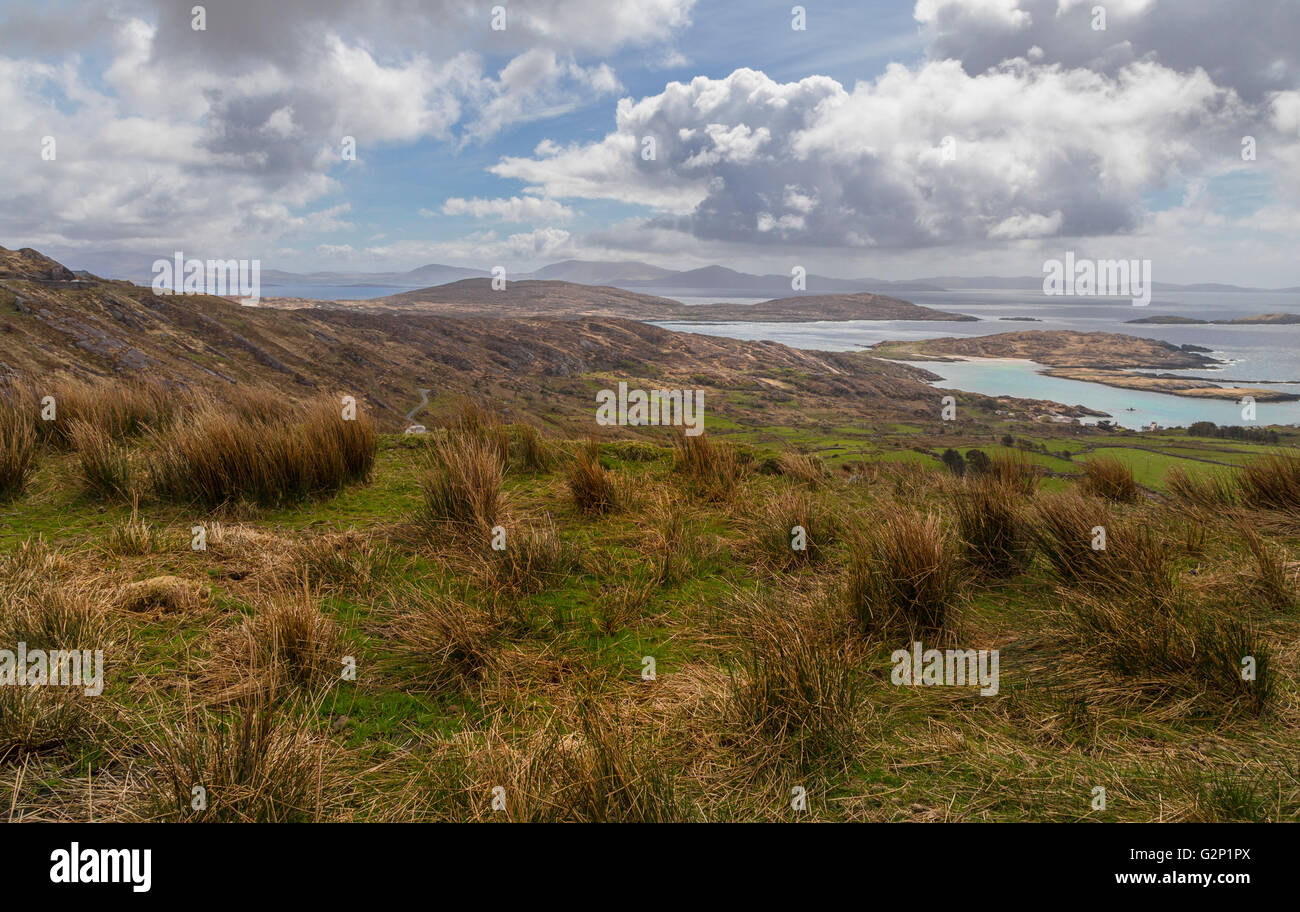 Stunning views and coastal beauty along the Ring of Kerry, Iveragh Peninsula on the North Atlantic Ocean, County Stock Photo