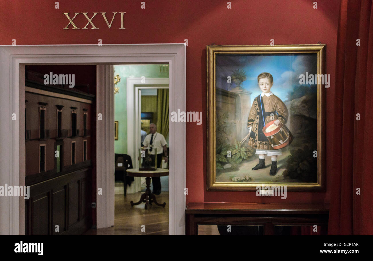 Madrid, Spain, 2nd June 2016.  Indoors view in the Romanticism Museum in Madrid, Spain. Enrique Davó/Alamy - Stock Image