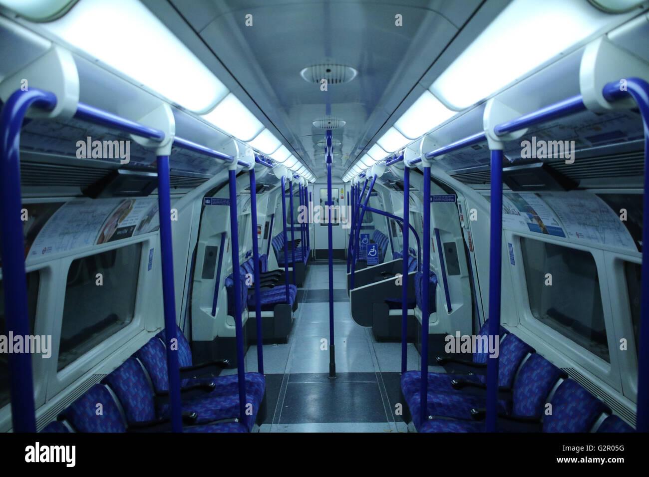 London underground northern line tube train at night - Stock Image