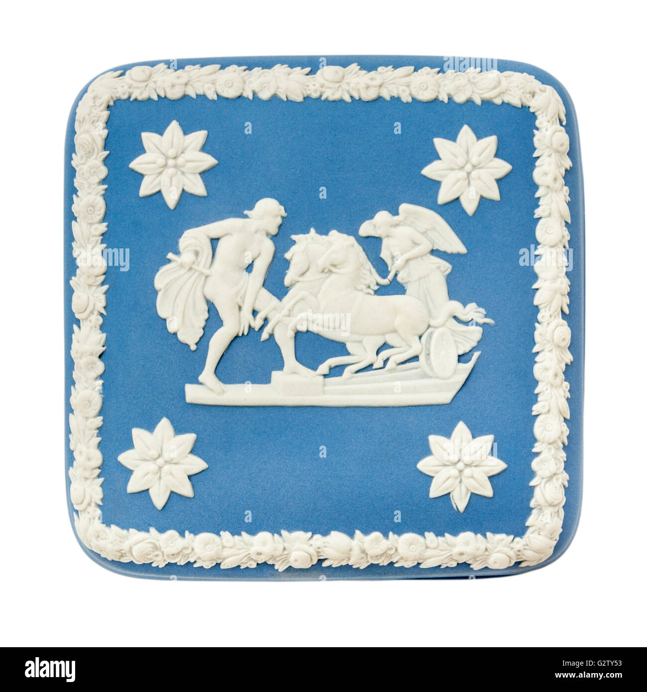 Wedgwood Blue Jasperware trinket box featuring 'Ulysses Staying the Chariot of Victory' neo-classical scene - Stock Image