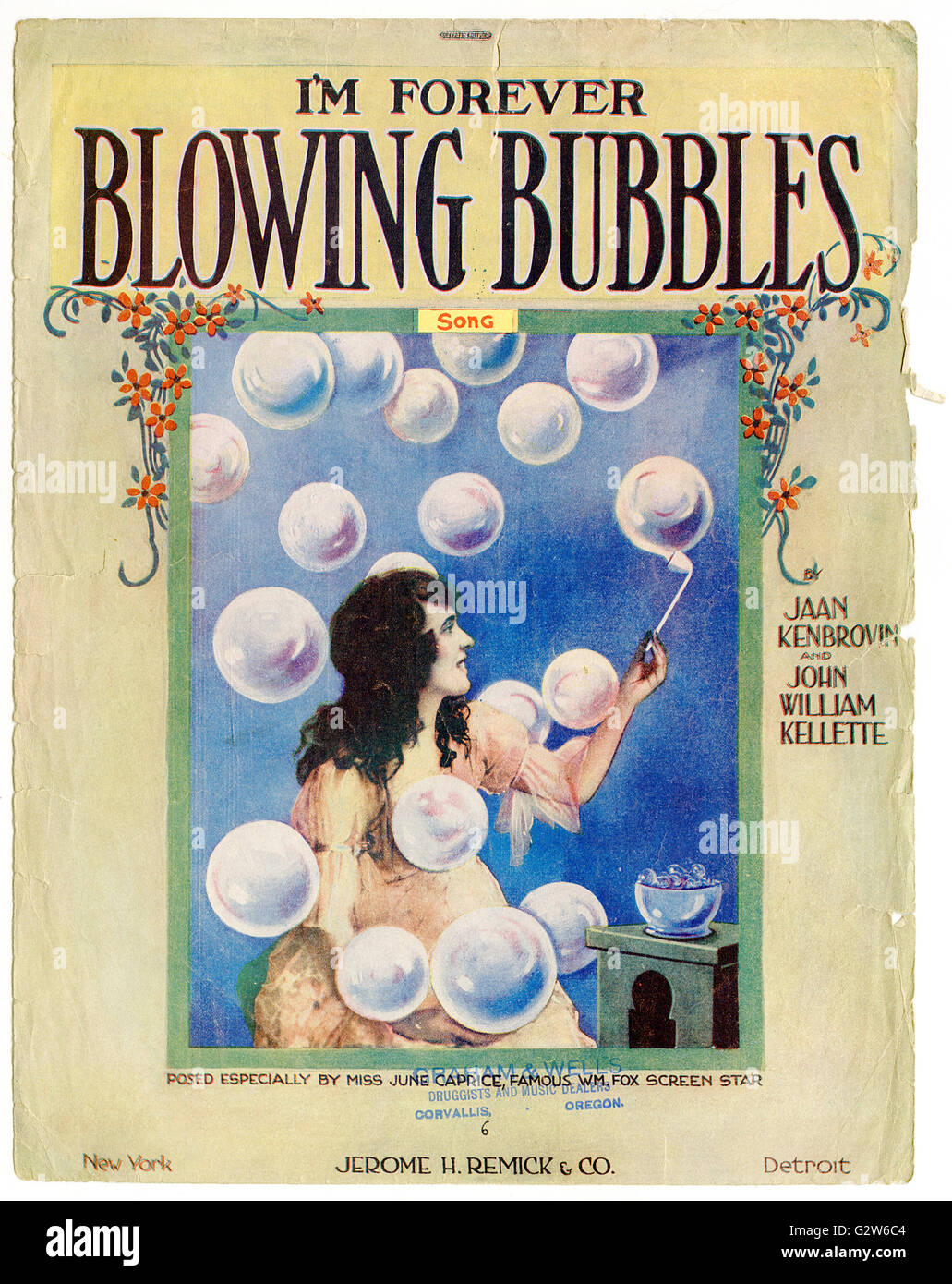 """Piano sheet music cover of """"I'm Forever Blowing Bubbles"""" by Jaan Kenbrovin and John William Kellette featuring Miss - Stock Image"""