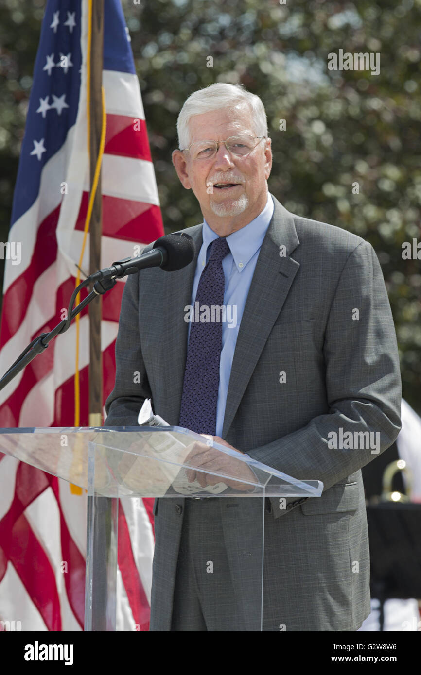 Kansas City, Missouri, USA. 1st June, 2016. General (Ret.) Richard Meyers, former Chairman, U.S. Joint Chiefs of - Stock Image