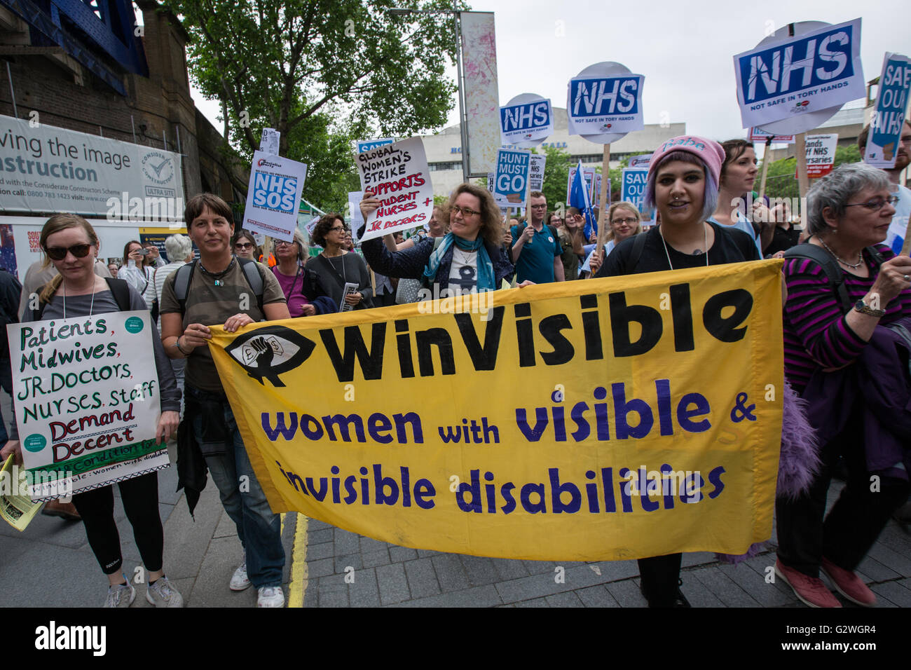 London, UK. 4 June 2016. Student nurses march in London to defend the NHS bursary.David Rowe/Alamy Live news. - Stock Image
