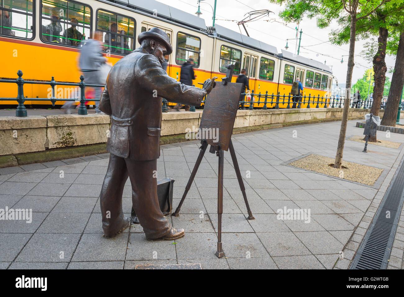 Budapest Belvaros, statue of the Hungarian artist Roskovics Ignac (Festo) sited along the embankment in the Belvaros - Stock Image