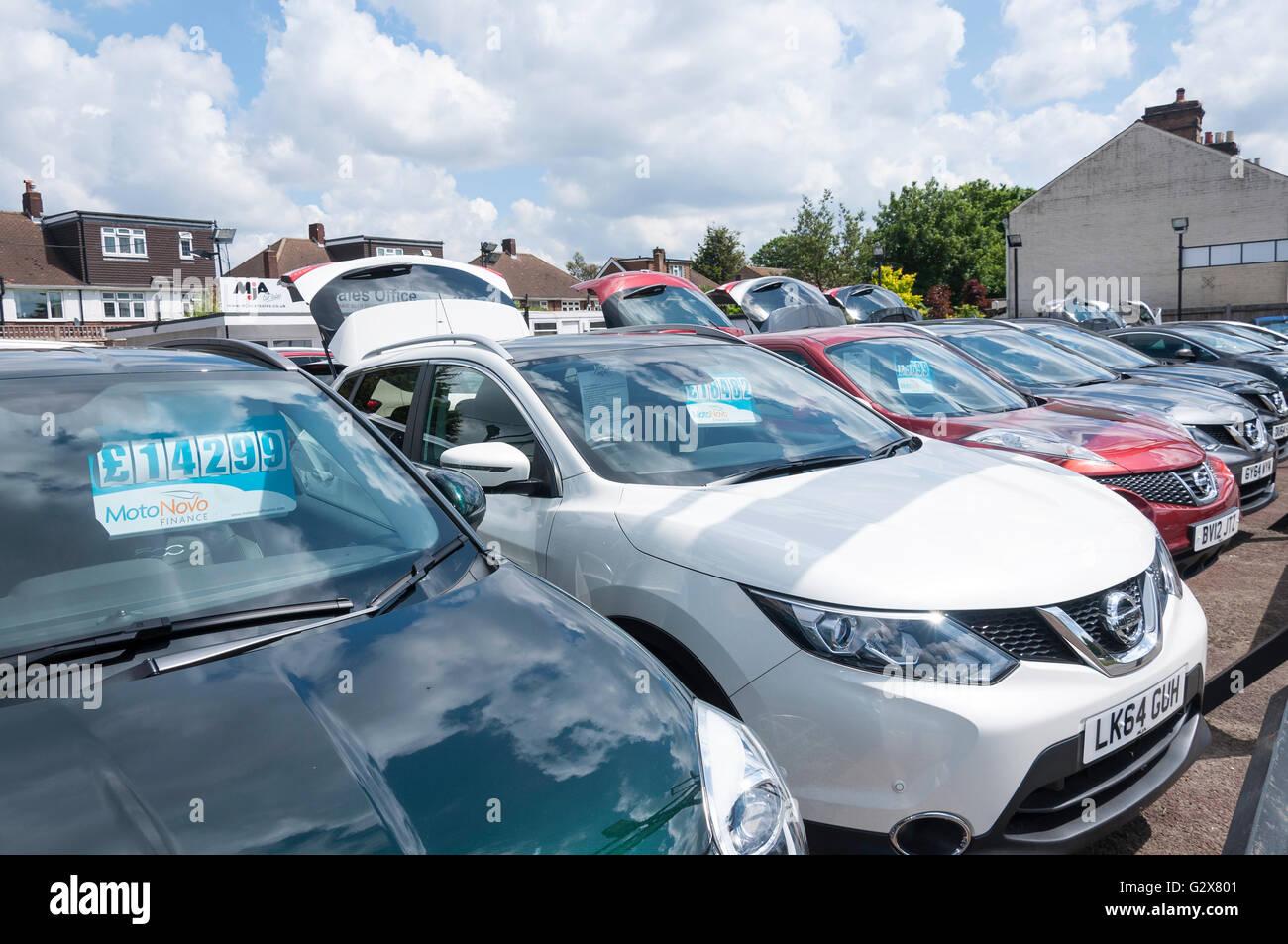 Used car sales yard in Staines Road West, Sunbury-on-Thames, Surrey, England, United Kingdom - Stock Image
