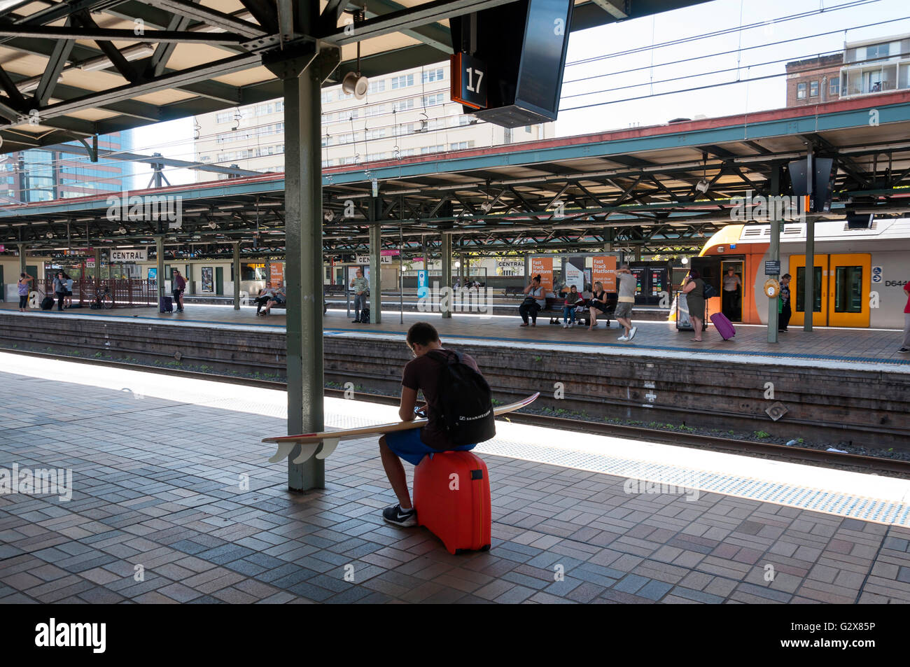 Passengers on platform, Central Railway Station, Haymarket, Sydney, New South Wales, Australia - Stock Image