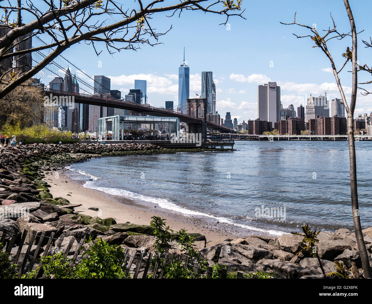 Brooklyn Bridge Park with Jane's Carousel and WTC - Stock Image