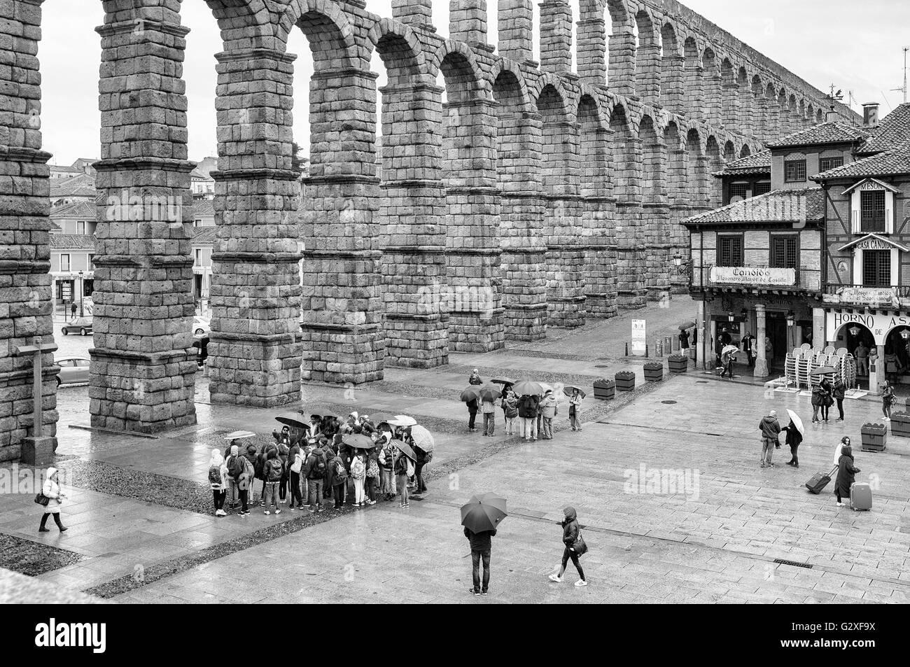Roman aqueduct in Segovia, Castile and Leon, Spain - Stock Image