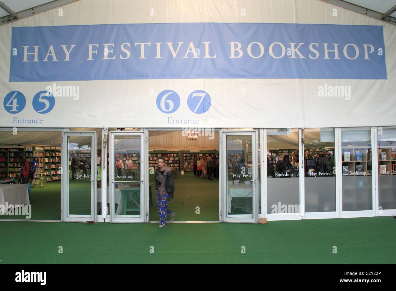Bookshop, Hay Festival 2016, Hay-on-Wye, Brecknockshire, Powys, Wales, Great Britain, United Kingdom, UK, Europe - Stock Image