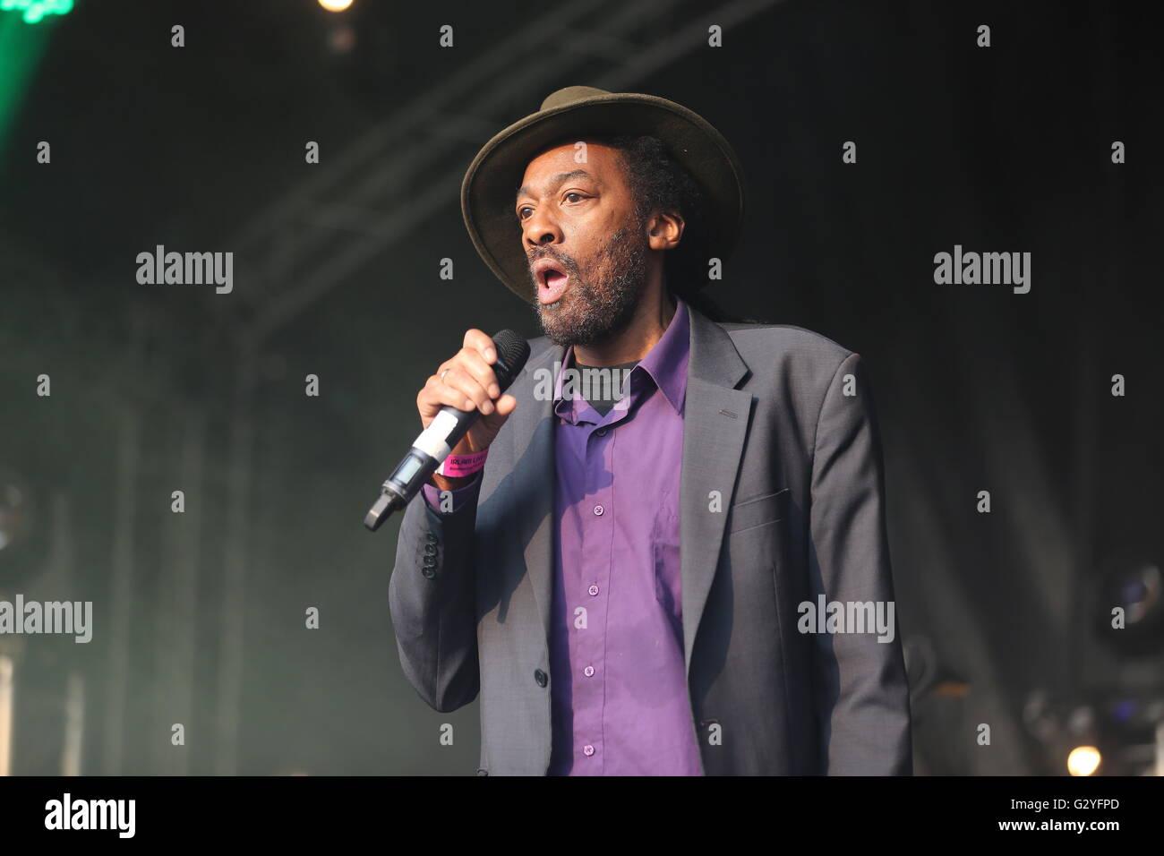 Irlam, Manchester, UK. 4th June, 2016. Aswad perform live at Irlam Live 2016. Credit:  Simon Newbury/Alamy Live - Stock Image
