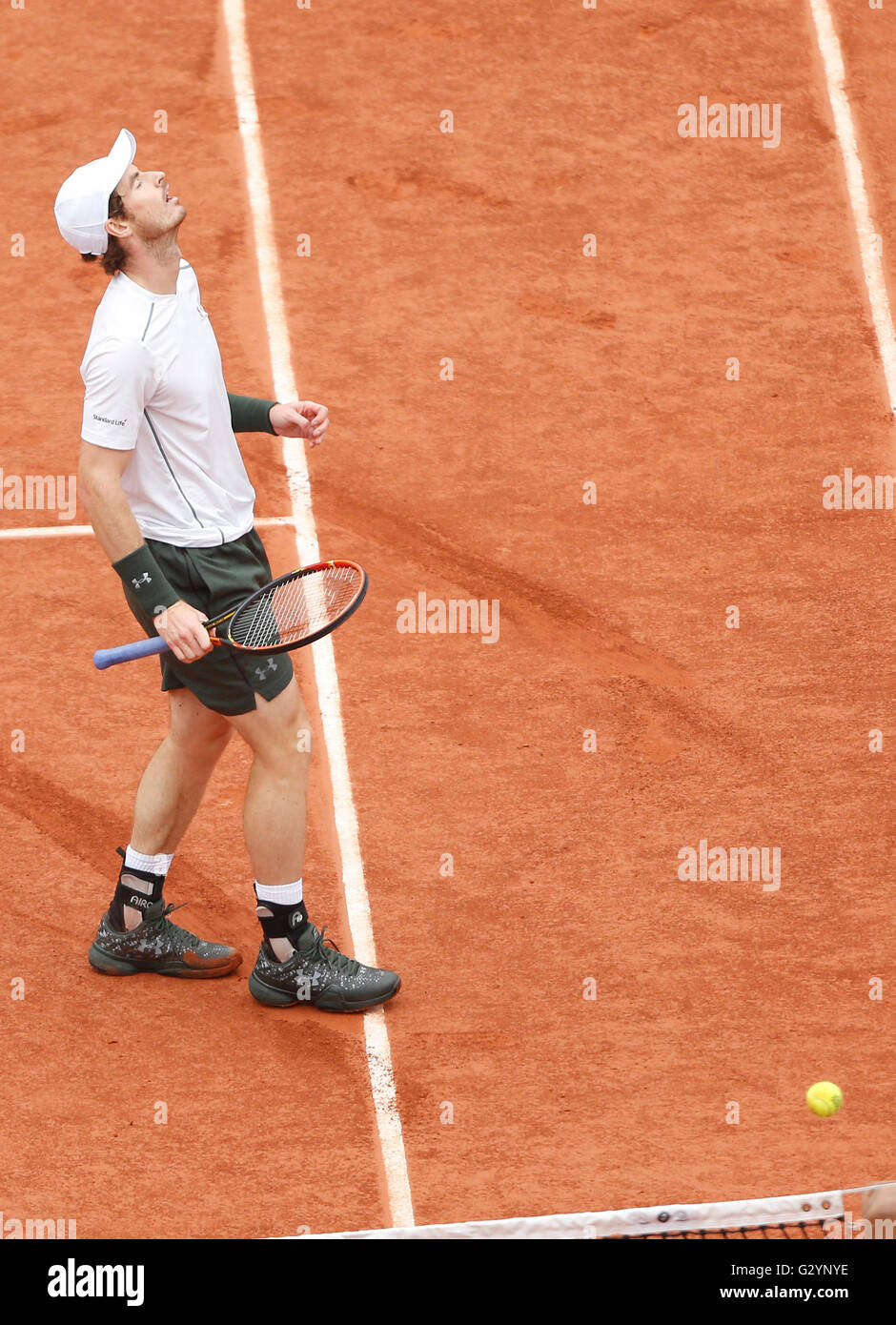 Paris, France. 5th June, 2016. Andy Murray of Britain reacts during men's singles final match against Novak - Stock Image