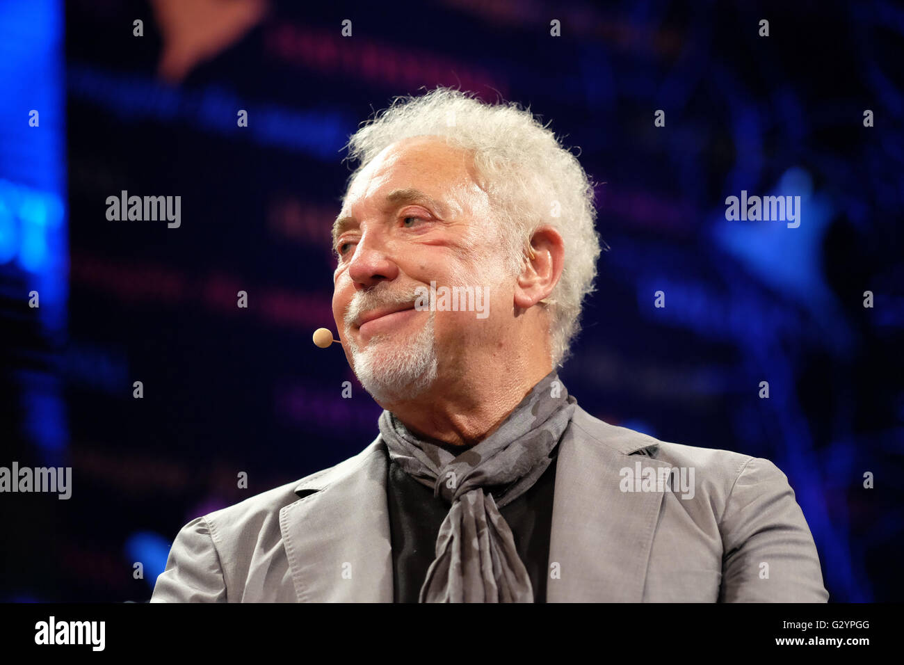 Hay Festival 2016, Wales, UK - Sunday 5th June 2016 -  Tom Jones on stage at the Hay Festival before a sell out - Stock Image