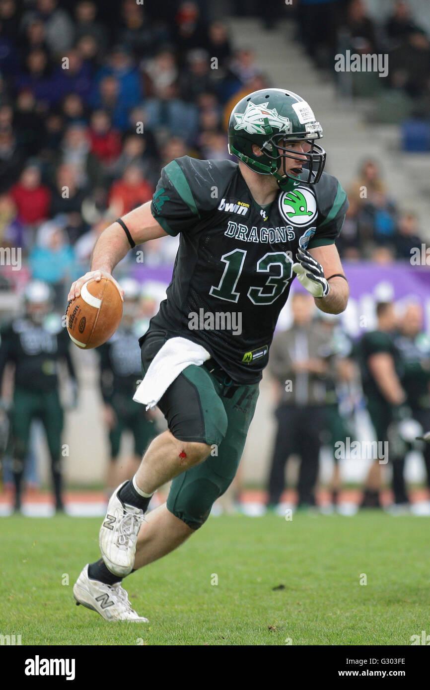 American football, WR Thomas Haider, No. 13 Dragons, runs with the ball, Danube Dragons vs. Vienna Vikings, Vienna, - Stock Image