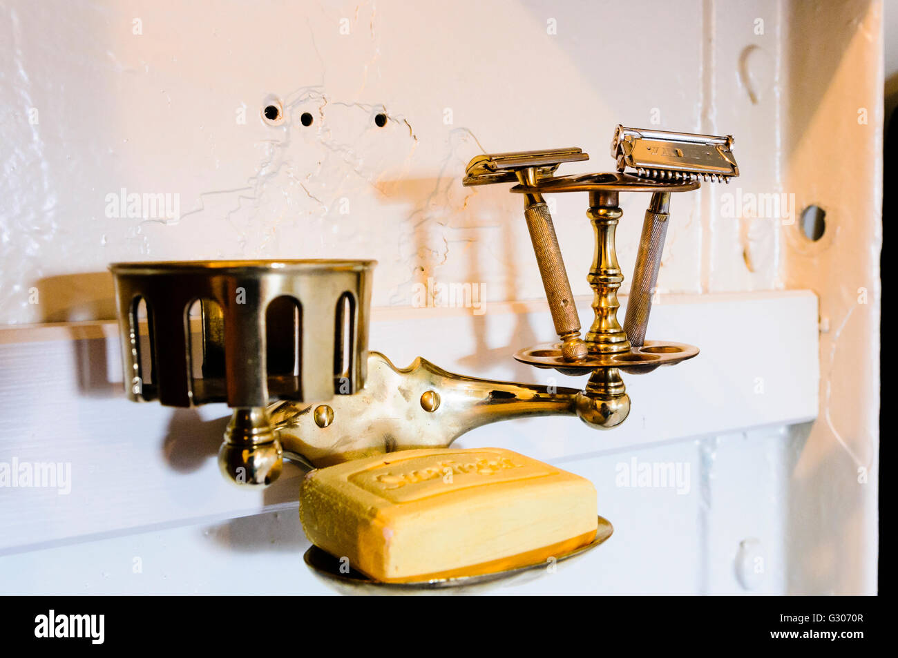 Old-fashioned gentleman's brass shaving and wash stand from the early 1900s. - Stock Image