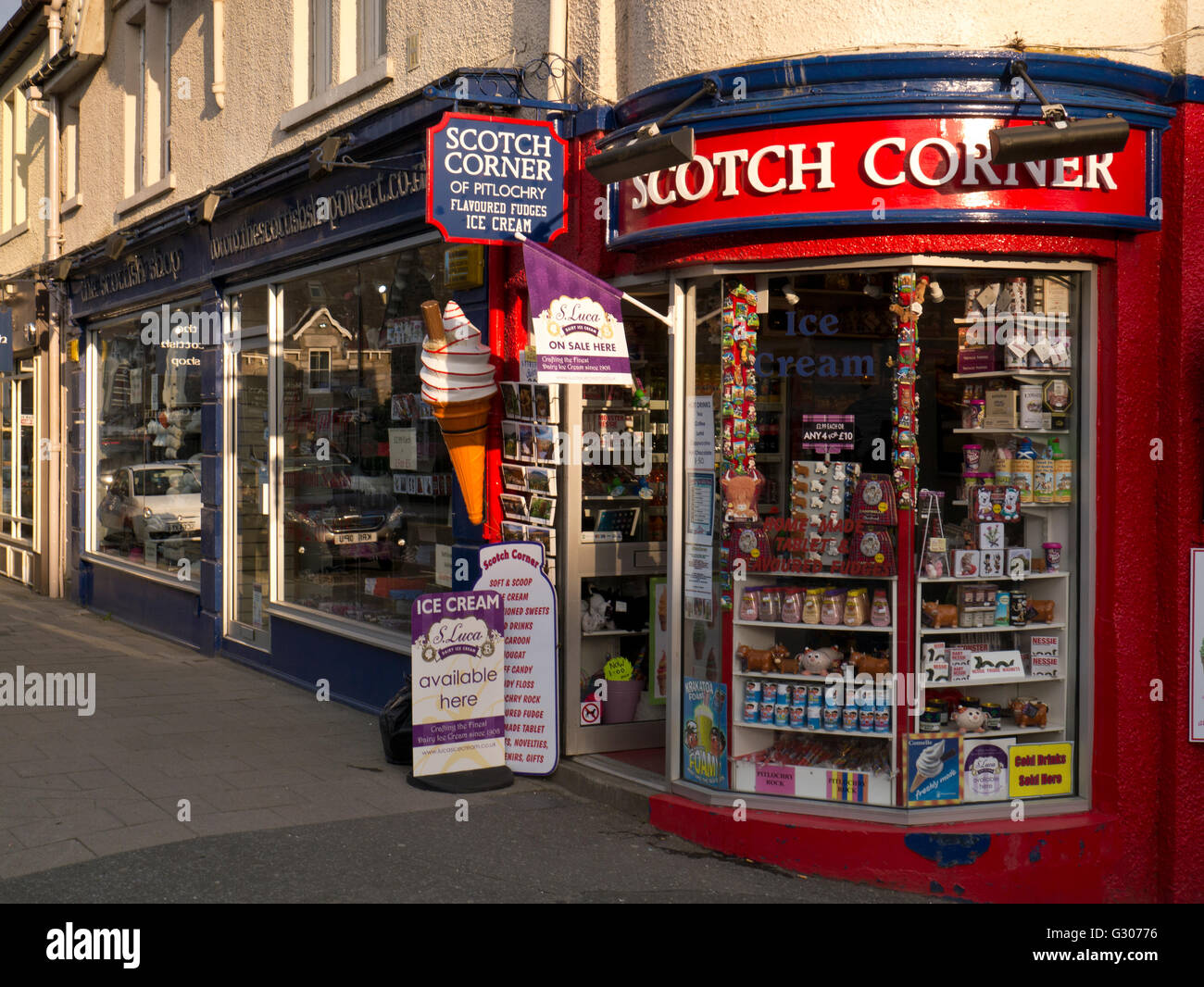 Shop selling Scottish kitsch - Stock Image