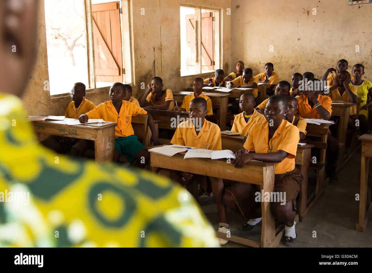 School classroom and teacher, Ghana, West Africa, Africa - Stock Image