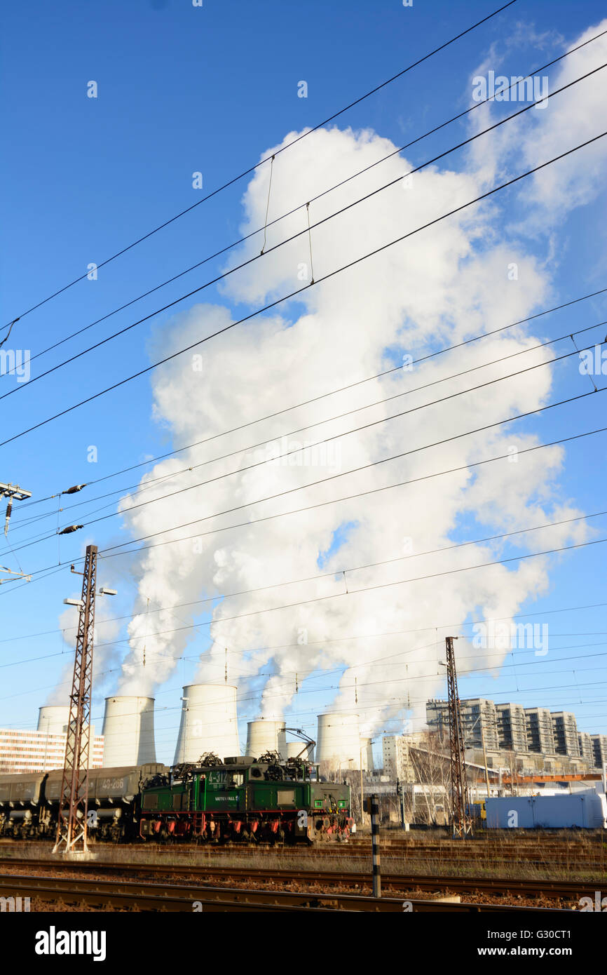 electrical mining locomotive EL 2m and lignite waggons in front of power plant Jänschwalde of Vattenfall, Germany, - Stock Image