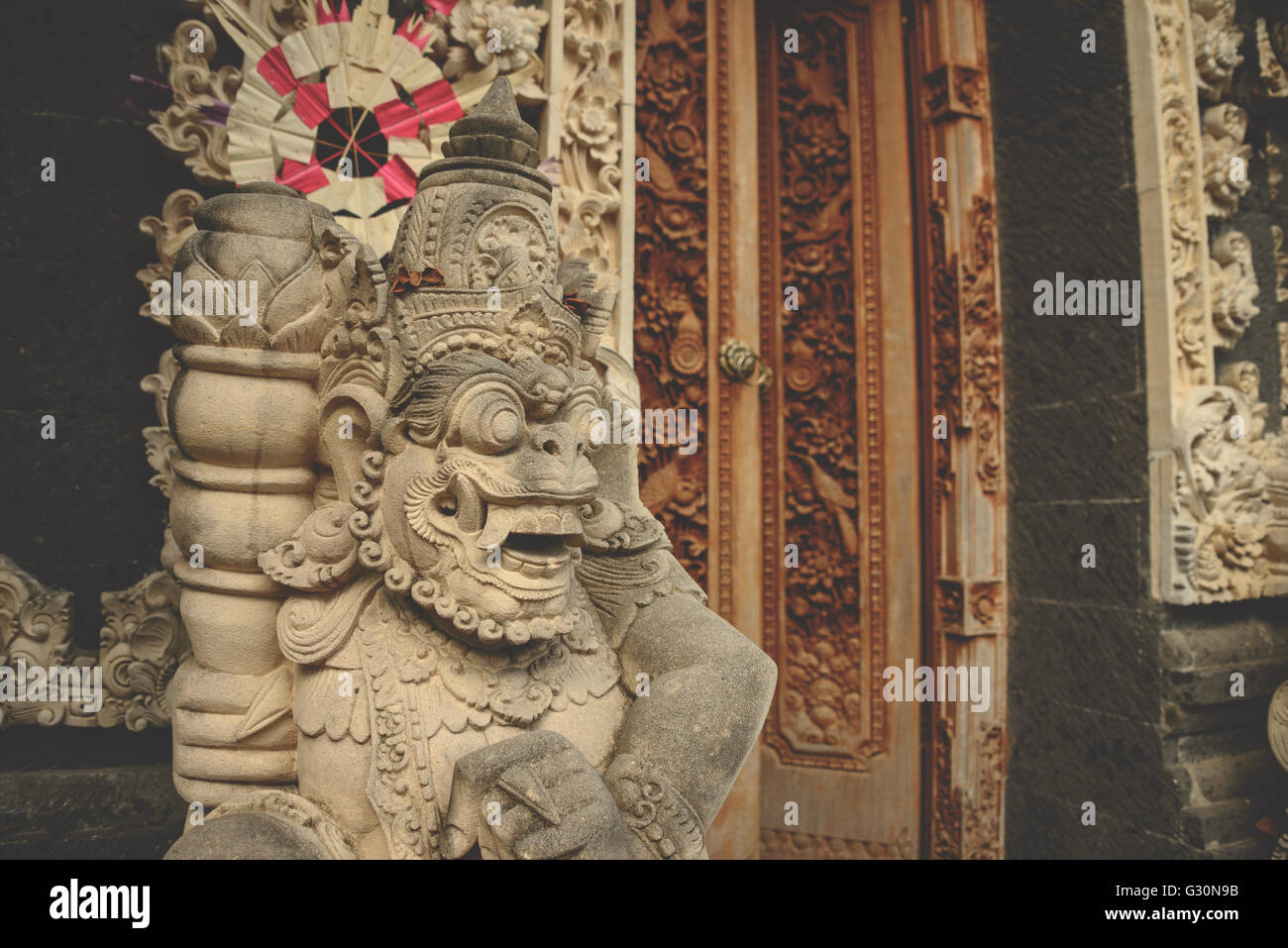 Temple doorway in Ubud, Bali - Stock Image