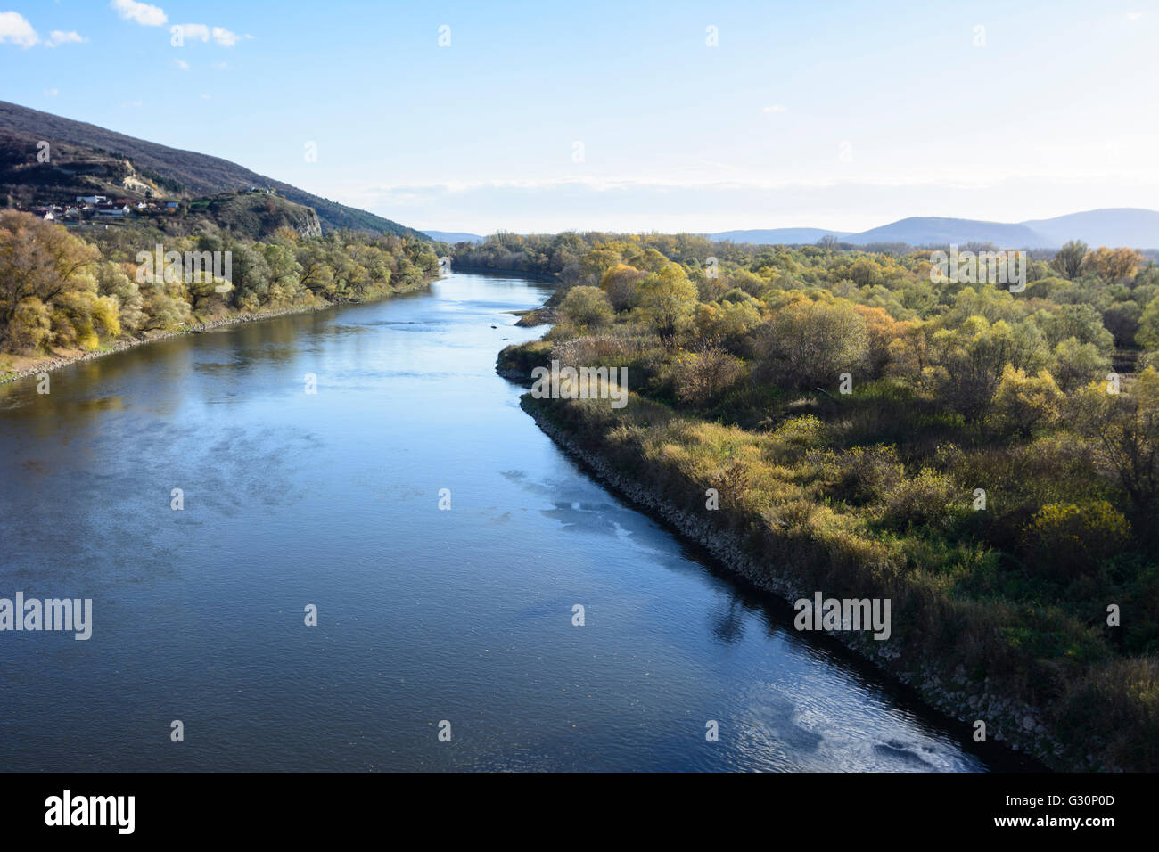 March (Morava) River , as seen from the bike Freedom Bridge southbound, Austria, Niederösterreich, Lower Austria, - Stock Image