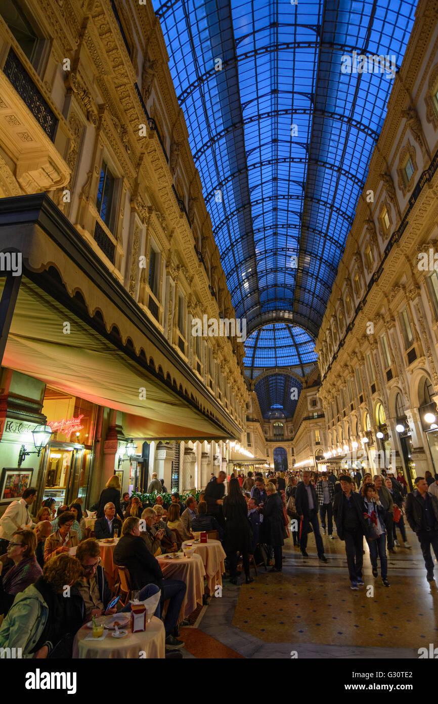 Bar Milan Stock Photos Bar Milan Stock Images Alamy