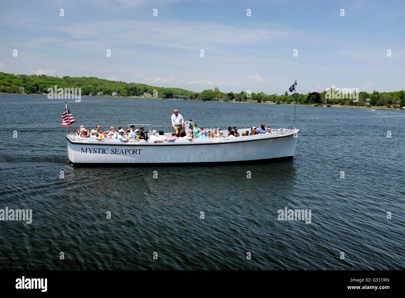 Mystic Seaport tour boat heading out - Stock Image