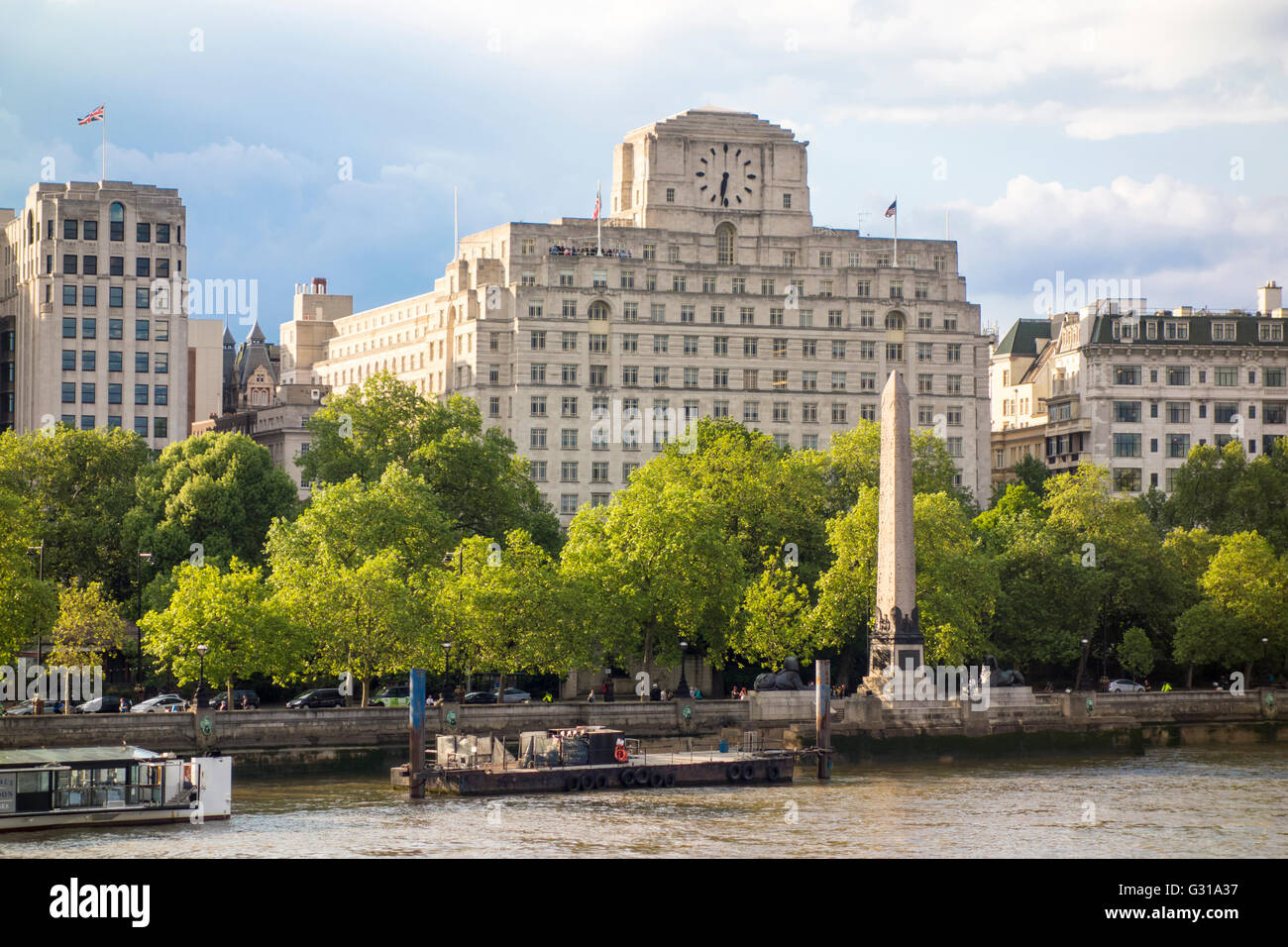 Victoria Embankment London Uk Stock Photo 105136059 Alamy