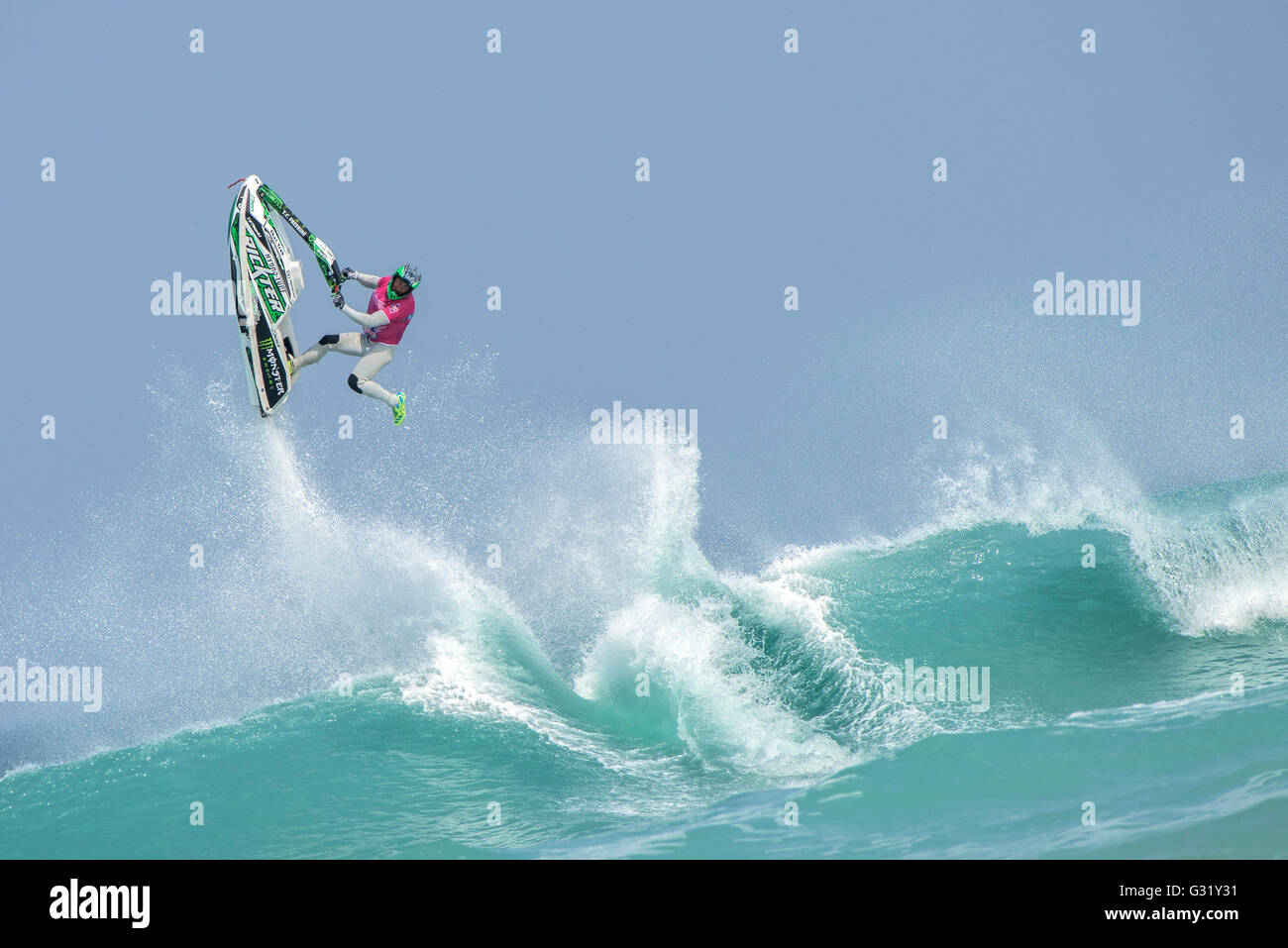 Fistral, Newquay, Cornwall. 6th June, 2016.  Abraham Hochstrasser from Germany performs a gravity defying stunt - Stock Image