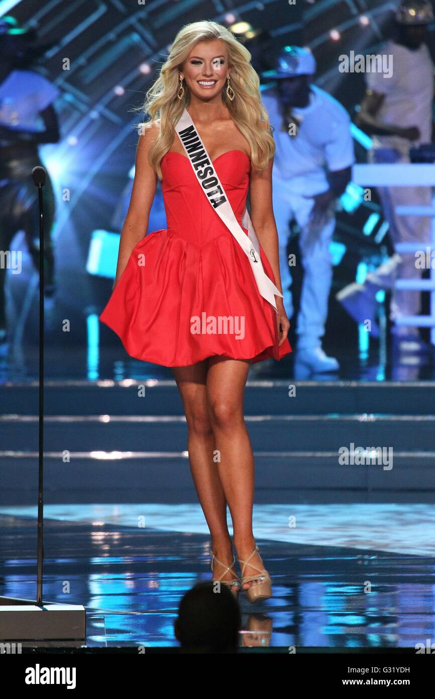 Miss Minnesota Usa Bridget Jacobs Inside For The 2016